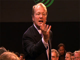 Dreamforce: Cisco's Chief Touts the Power of Internet Video